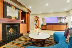 Lobby - Fairfield Inn by Marriott Council Bluffs