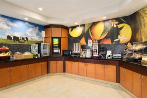 Restaurant - Fairfield Inn by Marriott Council Bluffs