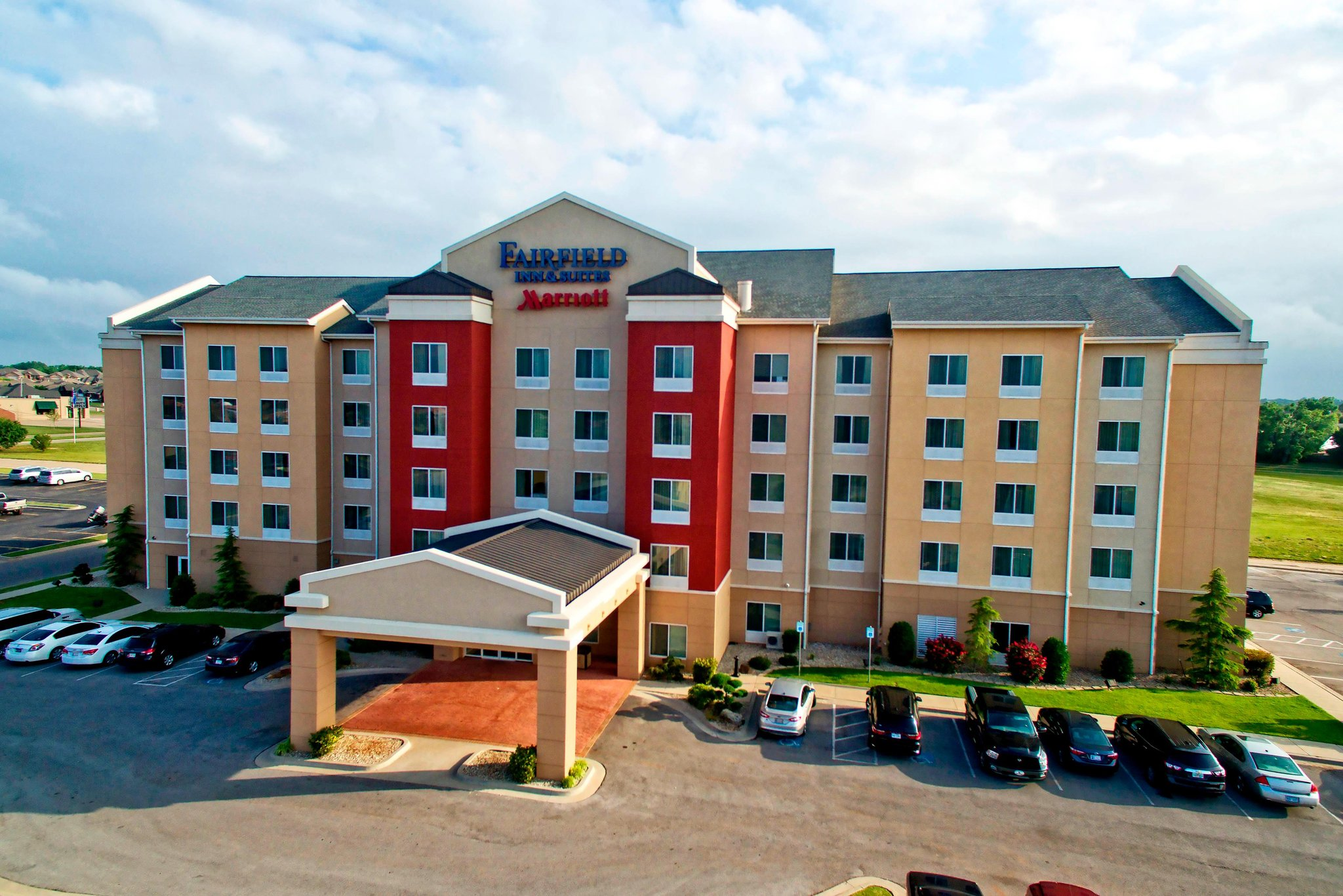 Fairfield Inn and Suites by Marriott Oklahoma City NW Expressway/Warr Acres