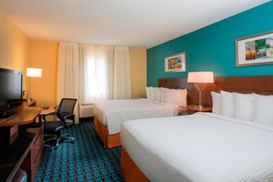 Room - Fairfield Inn & Suites by Marriott Oshkosh