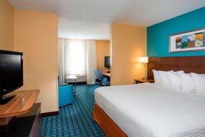 Suite - Fairfield Inn & Suites by Marriott Oshkosh