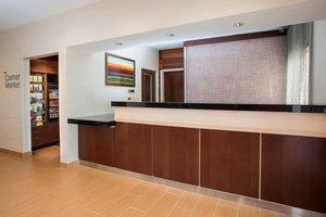 Lobby - Fairfield Inn & Suites by Marriott Oshkosh