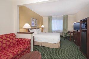 Suite - Fairfield Inn by Marriott Deptford
