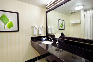 Room - Fairfield Inn & Suites by Marriott Neville Island Pittsburgh