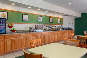Restaurant - Fairfield Inn & Suites by Marriott St Clairsville