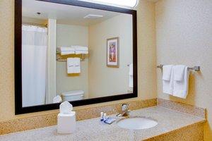 Room - Fairfield Inn & Suites by Marriott I-85 South Hill