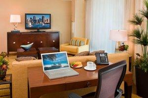 Suite - Marriott Hotel Mission Valley San Diego
