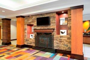 Lobby - Fairfield Inn & Suites by Marriott State College
