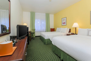 Room - Fairfield Inn by Marriott Tracy