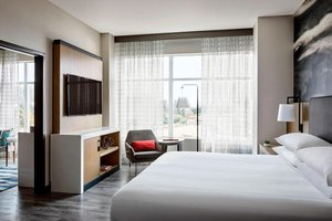 Suite - Marriott Town Center Hotel Redmond