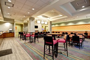Restaurant - Fairfield Inn & Suites by Marriott Guelph