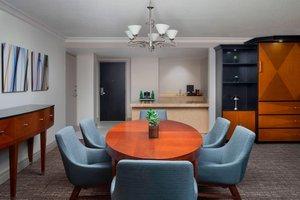 Suite - Marriott Eaton Centre Hotel Toronto