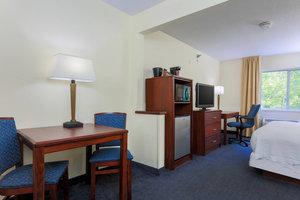 Suite - Fairfield Inn by Marriott Warren