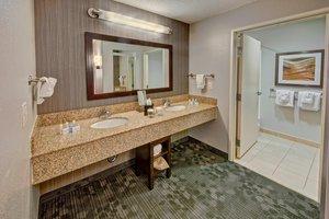 Suite - Courtyard by Marriott Hotel Alexandria