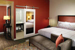 Room - Courtyard by Marriott Hotel Downtown Atlanta