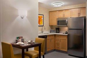 Suite - Residence Inn by Marriott Mississauga