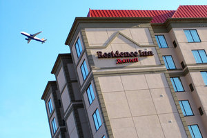 Exterior view - Residence Inn by Marriott Airport Toronto
