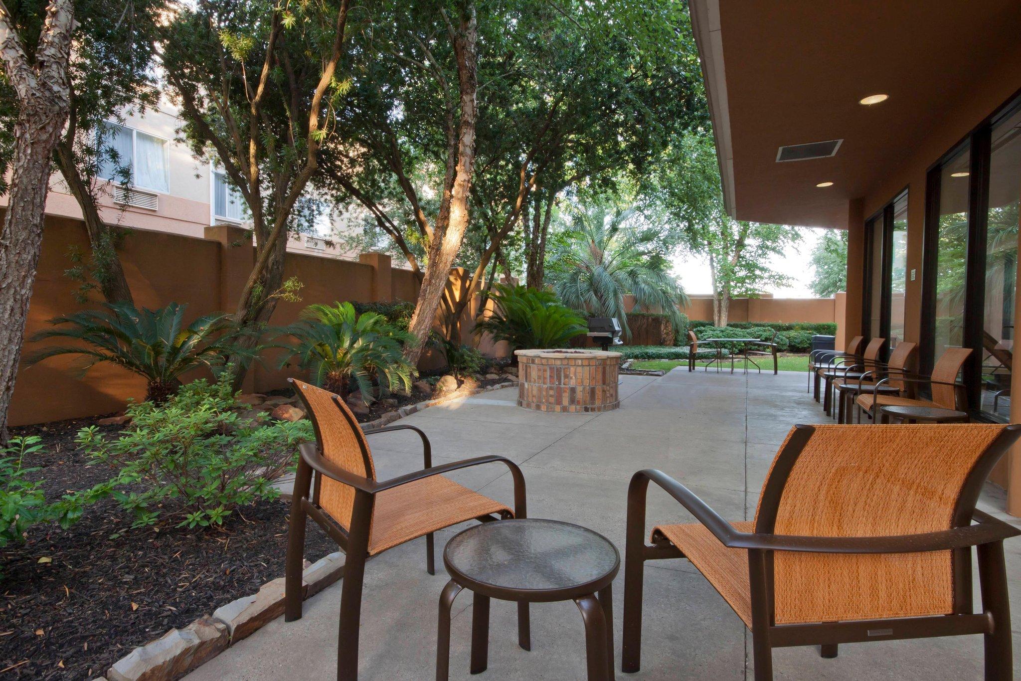 Courtyard Beaumont