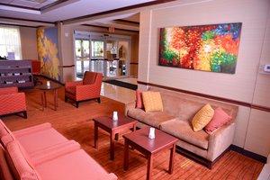 Lobby - Courtyard by Marriott Hotel Middlebury