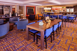 Lobby - Courtyard by Marriott Hotel Midway Bedford Park