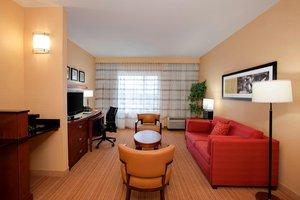 Suite - Courtyard by Marriott Hotel Schaumburg