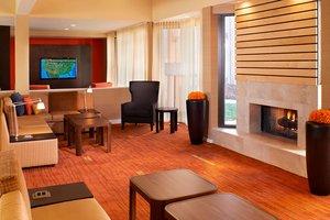 Lobby - Courtyard by Marriott Hotel Highland Park