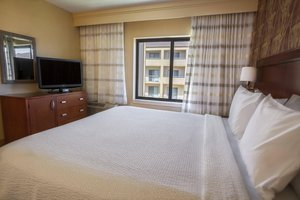 Suite - Courtyard by Marriott Hotel Highland Park