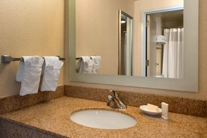 - SpringHill Suites by Marriott Airport Charlotte