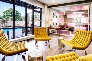 Restaurant - Fairfield Inn & Suites by Marriott Uptown Charlotte