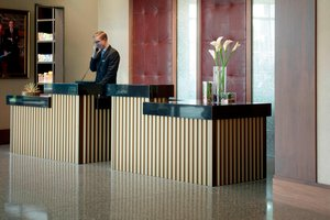 Lobby - Marriott Hotel Columbus University