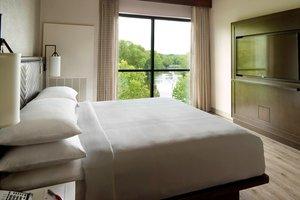Suite - Marriott Hotel Columbus University