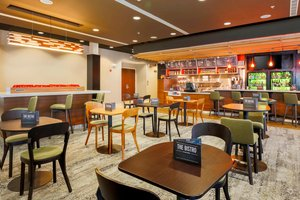 Restaurant - Courtyard by Marriott Hotel South Arlington