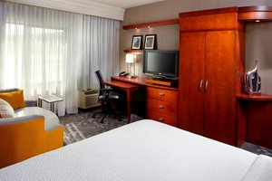 Room - Courtyard by Marriott Hotel University Dayton