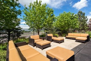 Exterior view - Courtyard by Marriott Hotel Golden