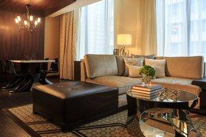 Suite - Renaissance Hotel by Marriott Downtown City Center Denver