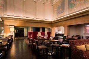 Bar - Renaissance Hotel by Marriott Downtown City Center Denver
