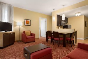 Suite - TownePlace Suites by Marriott Airport Fitzsimons Denver