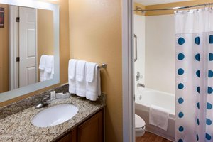 - TownePlace Suites by Marriott Arlington