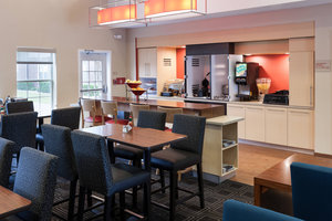 Restaurant - TownePlace Suites by Marriott Arlington