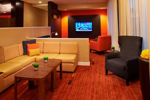 Lobby - Courtyard by Marriott Hotel Troy