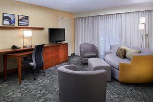 Suite - Courtyard by Marriott Hotel Warren