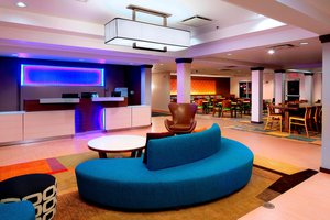 Lobby - Fairfield Inn & Suites by Marriott Airport Newark