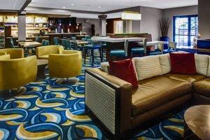 Lobby - Courtyard by Marriott Hotel New Bern