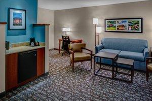 Suite - Courtyard by Marriott Hotel New Bern