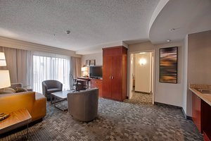 Suite - Courtyard by Marriott Hotel Wall Township