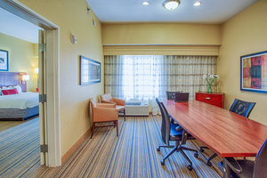 Suite - Courtyard by Marriott Hotel Moorhead