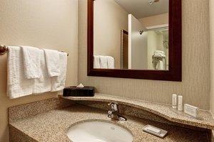 Suite - SpringHill Suites by Marriott Fresno