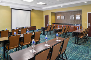Meeting Facilities - SpringHill Suites by Marriott Fresno