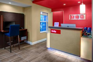 Lobby - TownePlace Suites by Marriott Fresno