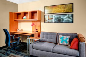 Suite - TownePlace Suites by Marriott Fresno